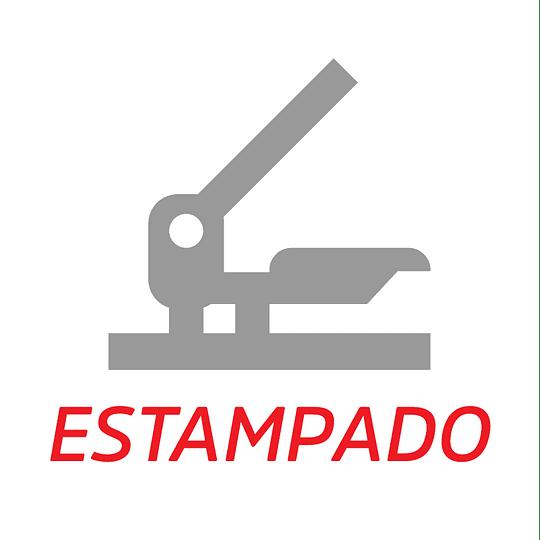 Estampado Logo Grande En El Pecho