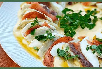 Carpaccio de mozarella, salmón y alcachofas con salsa de mango (para 4-6 personas)