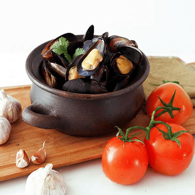 Chorito entero con salsa - Tomate Ajo 1/2 Kg
