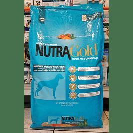 NutraGold Holistic Formula Salmon & Potato 15kg