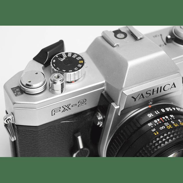 CÁMARA REFLEX ANÁLOGA YASHICA FX-2 + LENTE 50mm f1.9