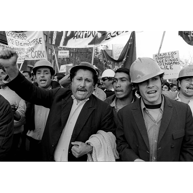 LIBRO: RAYMOND DEPARDON. CHILE 1971 (Tapa dura)