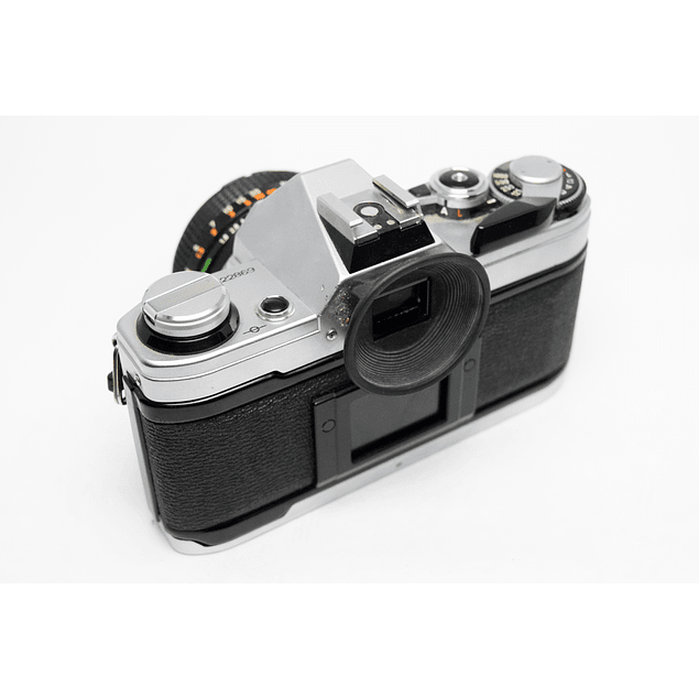 CÁMARA ANÁLOGA REFLEX CANON AE-1 CON LENTE CANON FD 50mm 1.8 S.C.