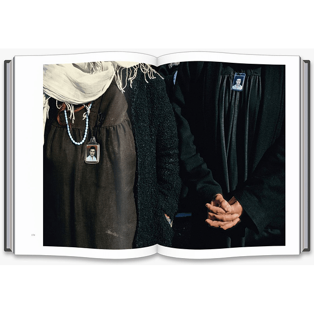 LIBRO: SUSAN MEISELAS ON THE FRONTLINE (Inglés)