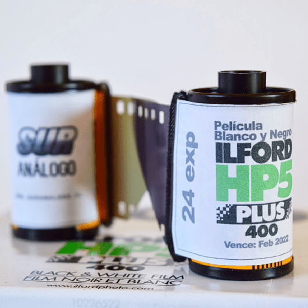 ROLLO (CARGA) PELÍCULA 35mm BLANCO Y NEGRO ILFORD HP5 PLUS 24 exp.