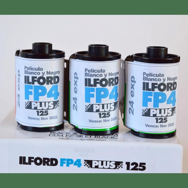 PROMO: 3 c/u ROLLOS (CARGA) PELICULA BLANCO Y NEGRO 35mm ILFORD FP4 125 PLUS 24 exp