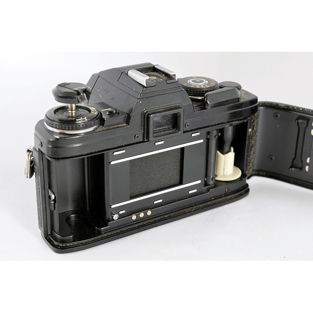 CÁMARA REFLEX ANALÓGICA MINOLTA X-700  + LENTE MINOLTA ROKKOR  50mm f1.7