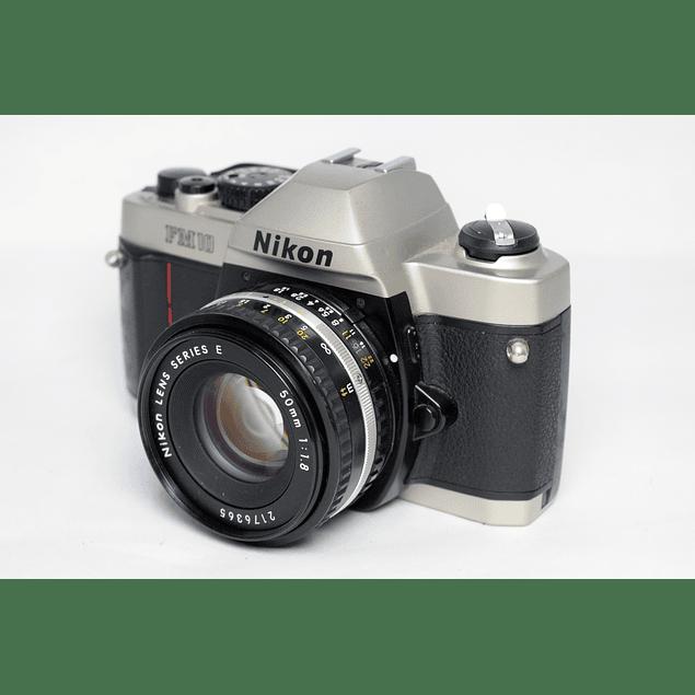 CAMARA FOTOGRÁFICA REFLEX ANÁLOGA NIKON FM10 + LENTE 50mm f1.8
