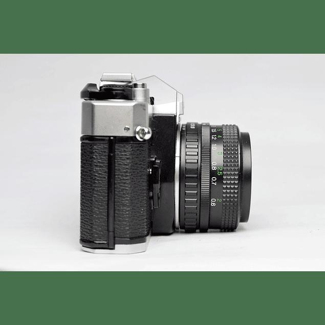 CÁMARA FOTOGRÁFICA REFLEX ANALÓGICA FUJICA STX1-n + LENTE 50mm f1.9
