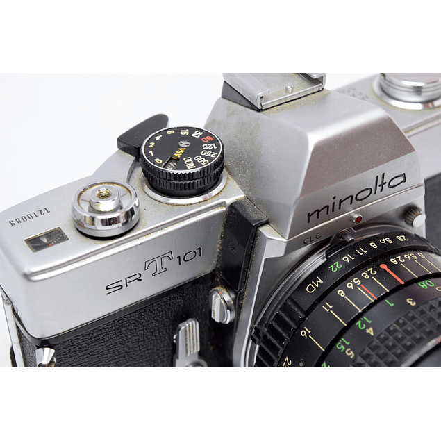 CÁMARA RÉFLEX ANALÓGICA MINOLTA SRT-101 + LENTE 28mm f2.8