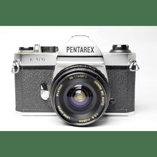 CÁMARA RÉFLEX ANÁLOGA PENTAREX K1000  + LENTE GRAN ANGULAR 28mm f2.8
