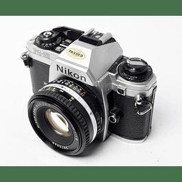 CÁMARA FOTOGRÁFICA REFLEX ANALÓGICA NIKON FG-20 + LENTE 50mm f1.8
