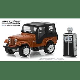 1974 Jeep Cj-5 W Gas Pump 1:64