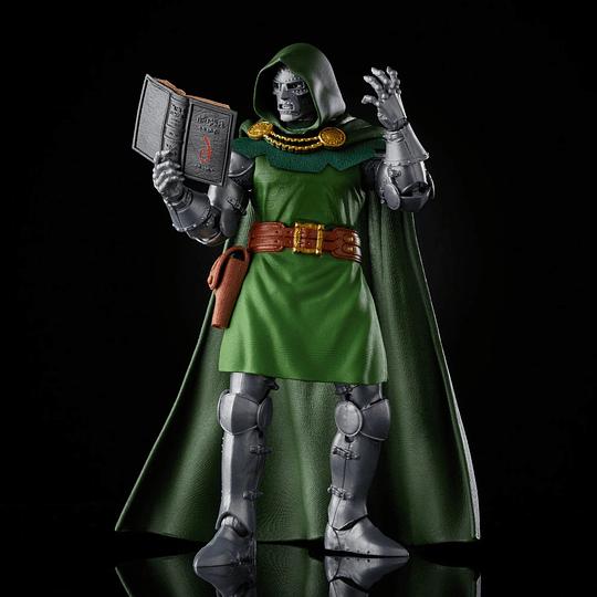 Dr. Doom Fantastic Four Retro Marvel Legends 6
