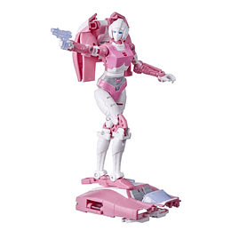 Arcee W2 Deluxe Class Kingdom Transformers