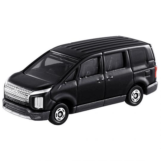Mitsubishi Delica D:5 #39 1:65 Tomica