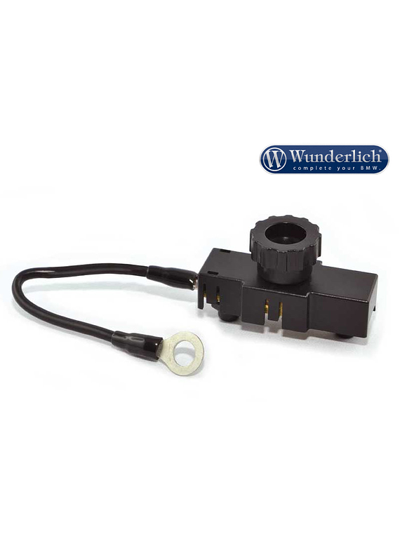 Fully insulated battery master switch