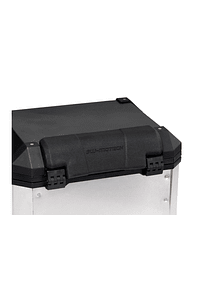 TRAX ION top case passenger backrest For TRAX ION top case. Black.