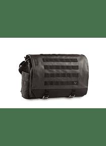 Legend Gear messenger bag LR3 12 l. Shoulder and tail bag.