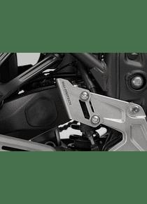 Brake cylinder guard Silver. Yamaha Tenere 700 (19-).