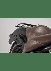 SLH side carrier right Harley-Davidson Softail Slim (12-17).
