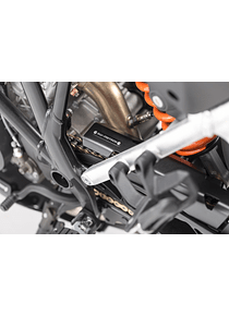Extension for chain guard Black. KTM 1050/1090/1190 Adv,1290 SAdv.