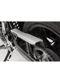Chain guard Black/Silver. Suzuki SV650 ABS (15-).