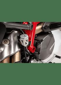 Brake reservoir guard Hypermotard/Hyperstrada 821/939/950,Super Duke GT.