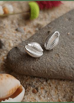 Cowry Earrings (M)