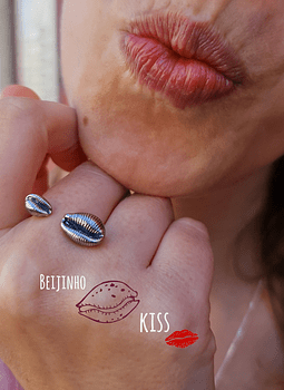 Cowry Adjustable Ring