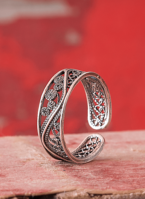 Filigree Wave Ring