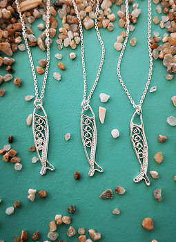 Sardine, Filigree Necklace
