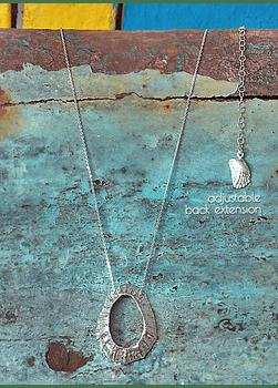 Keyhole Limpet Necklace (XL)