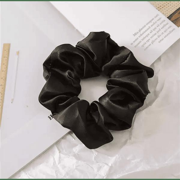 Black Schunchie