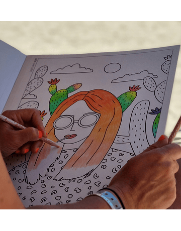 Coloring Book XL Queens of The World