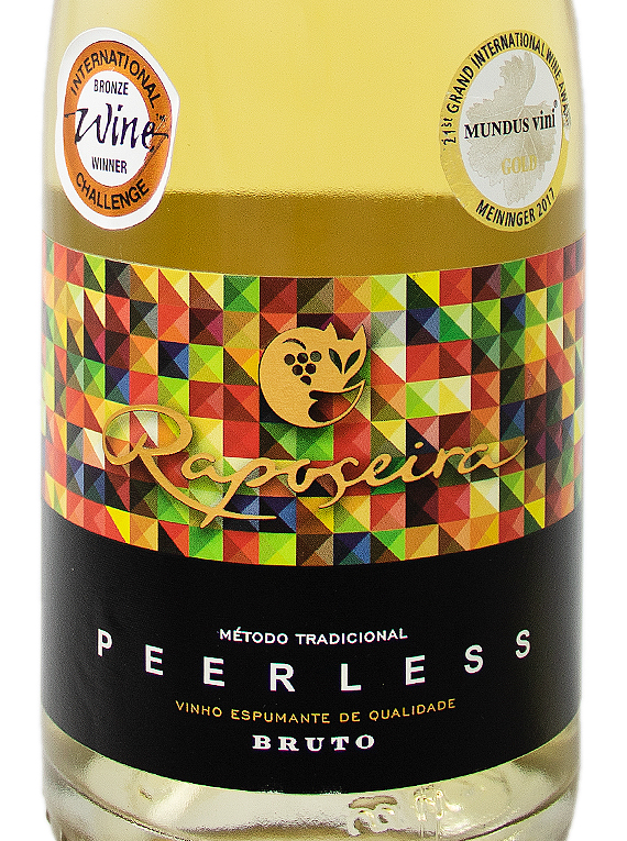 Espumante Raposeira Super Reserva Peerless Brut 2013