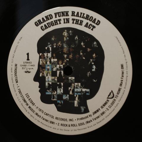 Grand Funk Railroad – Caught In The Act. ed JAPÓN