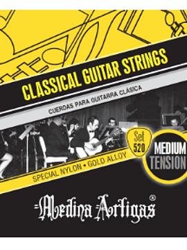 Medina Artigas 520, Cuerdas de nylon