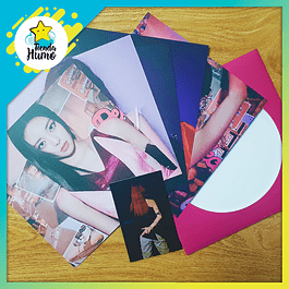 POSTCARD ITZY - GUESS WHO (A Ver.)