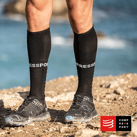 CALCETÍN FULL SOCK BLACK COMPRESSPORT