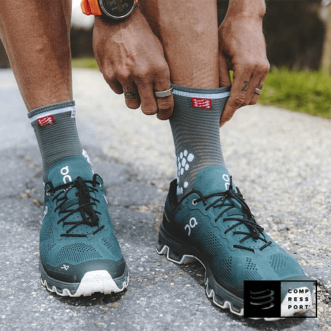 Calcetines de Running v3.0 Silver Pine/White - Compressport HI