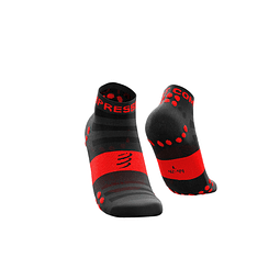 CALCETÍN COMPRESSPORT ULTRALIGHT RUN BLACK LO