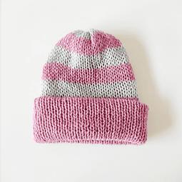 Gorro de lana rosado reversible