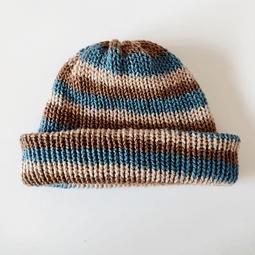 Gorro de lana café-azul reversible