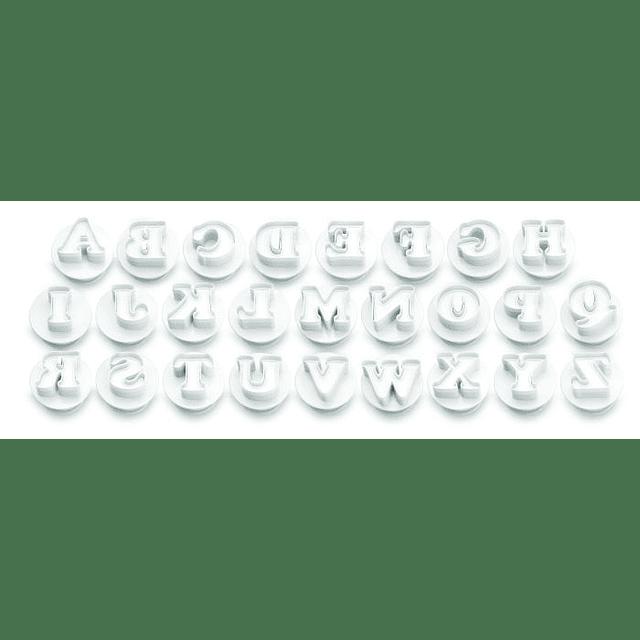 Set Cortadores Alfabeto Mayúsculas con Expulsor 26 Piezas