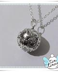 Llamador de plata tallada
