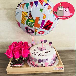 Tortas Personalizadas y Temáticas con 12 Rosas-DISPONIBLE SOLO EN CALI