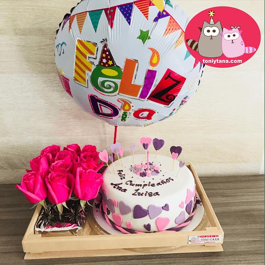 Tortas Personalizadas y Temáticas con 12 Rosas - Image 1
