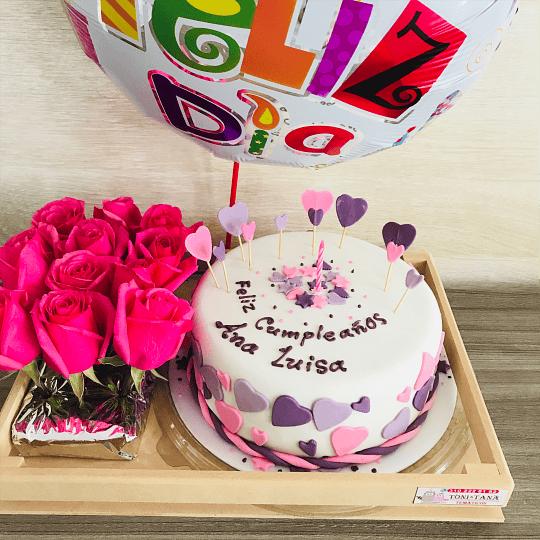 Tortas Personalizadas y Temáticas con 12 Rosas - Image 2