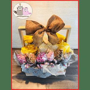 Flores con Fresas regala Felicidad- Pedido 2 días antes - DISPONIBLE SOLO CALI